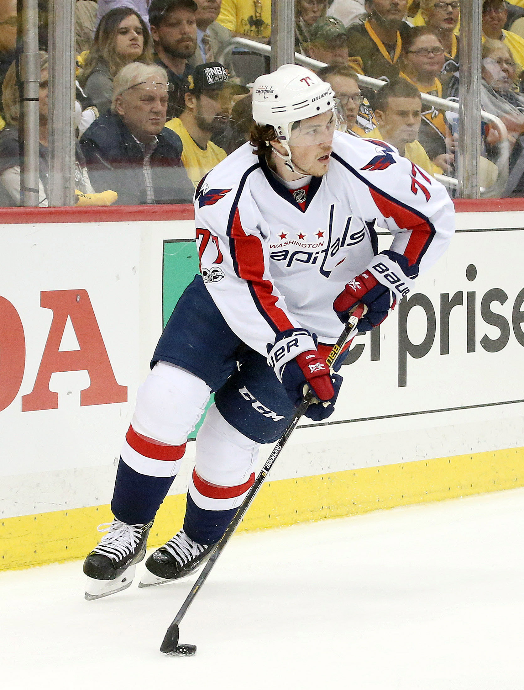 f313abff447 There had been clear interest from both sides between Oshie and the Capitals  since the end of the season