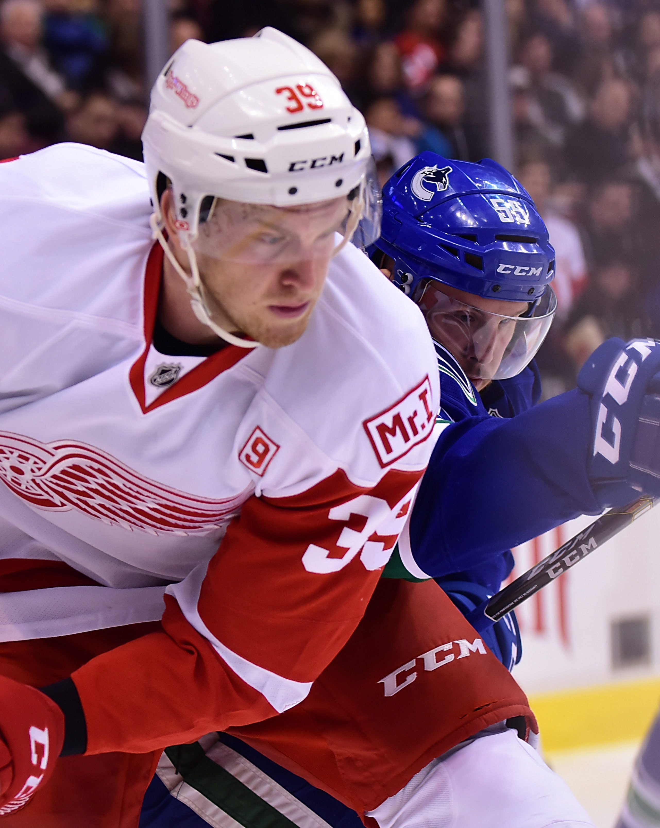 6c8108e85 The 23-year old Mantha will still be a restricted free agent at the end of  the contract